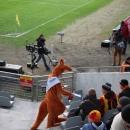 Akcja promocyjna na boisku podczas meczu